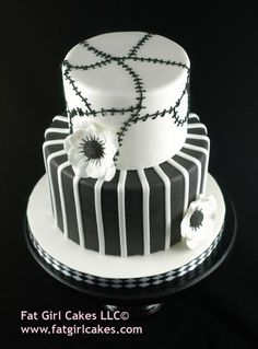 ayanna would love this....like nightmare before christmas cake.