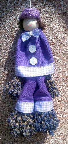 Crochet Hats, Fashion, Lavender, Knitting Hats, Moda, Fasion, Trendy Fashion, La Mode