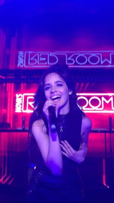 Fifth Harmony on stage #NovasRedRoom