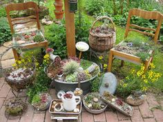 Contained array .- Contained array … Contained array Mehr - Herb Garden Planter, Fenced Vegetable Garden, Vegetable Planters, Garden Deco, Gnome Garden, Garden Art, Garden Design, Bamboo Trellis, Garden Trellis