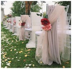 We sure do love this ceremony designed by @lattedecor. These dreamy taupes and dusty mauves are so lovely draped over #crystalchiavarichairs. You still have the rest of January to book our chairs and receive 20% off your order!  #thelittleweddingshoppe #weddingplanner #bride #hycroft #cecilgreenweddings #harthouse #vancouverclub