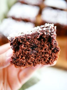 Eating a tasty dessert no longer has to feel like a guilty pleasure, and it doesn't need to spike your blood sugars either. Try our keto & low carb friendly desserts now and see. Low Carb Desserts, Fun Desserts, Delicious Desserts, Baking Recipes, Cake Recipes, Dessert Recipes, Sugar Free Chocolate, Chocolate Desserts, Sweet Cooking