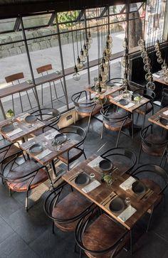 0533 334 67 82 Balkon – Home Decoration Restaurant Plan, Deco Restaurant, Rustic Restaurant, Restaurant Seating, Coffee Shop Design, Cafe Design, Le Ranch, Decoration Restaurant, Cafe Exterior