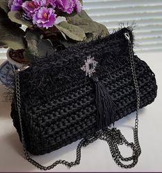 Crocheted Bags, Crochet Purses, Chanel Boy Bag, Purses And Bags, Shoulder Bag, Handmade, Decor, Party Bags, Pencil Cases