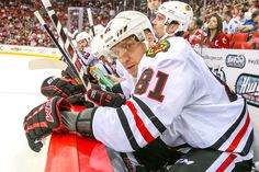 Countdown to Puck Drop - Day 81 - Hossa's Journey From Curse to Cup Blackhawks Players, Blackhawks Jerseys, Ice Hockey Players, Chicago Blackhawks, Cubs Games, Nhl Season, Hockey World, Usa Today Sports, Vancouver Canucks