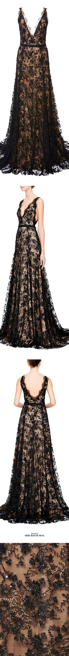 A little too low for me but so pretty.Marchesa Embroidered Chantilly Lace Gown SS 2015 ♔THD♔