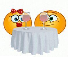animated emoji for breaking your boredom Animated Smiley Faces, Funny Emoji Faces, Animated Emoticons, Emoticon Faces, Funny Emoticons, World Emoji, Image Positive, Naughty Emoji, Love Is Cartoon