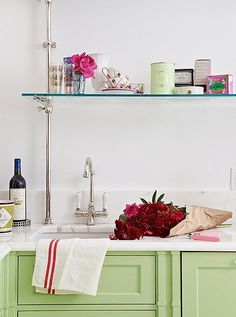 Common Mistakes Folks Make With Their Small Kitchen