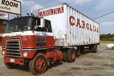 Big Rig Trucks, Semi Trucks, Cool Trucks, Freight Truck, International Harvester Truck, Truck Transport, Diesel Trucks, Vintage Trucks, Heavy Equipment