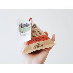 いいね!121件、コメント10件 ― ゆみさん(@yumi_hutte)のInstagramアカウント: 「* 以前から、諏訪湖SA(下り)で見かけていた このコーヒー。 買ってみたら美味しかった♫ #挽いてなければいいのになー ・ ・ ・ #八ヶ岳ブレンド #諏訪湖SA #コーヒー豆…」