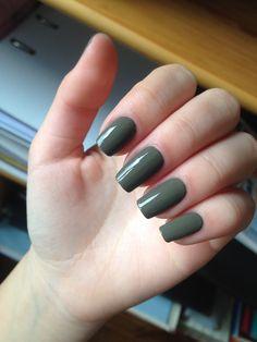 Squoval square shape long nail green kaki sephora nail polish natural nails nail art