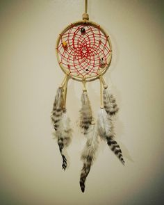 Håndlagede drømmefangere. Handmade dreamcatchers