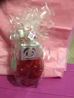 $35 Mary Kay at Play valentines vase www.facebook.com/Christon.MK Call/text 203-824-2293