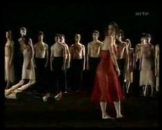 LE SACRE DU PRINTEMPS/THE RITES OF SPRING - PINA BAUSCH WUPPERTAL DANCE THEATER/STRAVINSKY