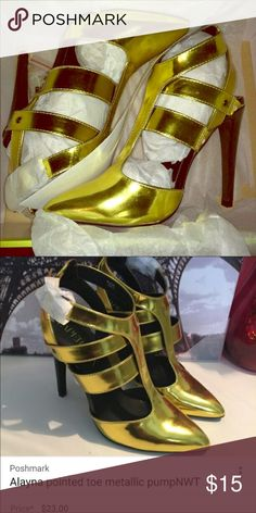 Gold metallic heels shoes Saw listed elsewhere in Posh for a higher price! Bundle and save make offers. Shoes Heels