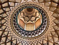 Kuppel in Borudjerdis' Haus Innenansicht der Kuppel in Borudjerdis' Haus in Kashan