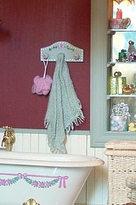 How to make a draped bath towel by Minibee.miniatures