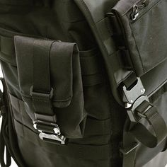 NXL tech-line #messengerbags skidcat #backpack and MOLLE attachments #techwear #bagjack #austrialpin available on pre order with 20 % discount code P7WEWC until 31st December. www.bagjackshop.com/nxl-lines/ tech-line
