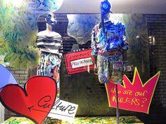 www.retailstorewindows.com: Vivienne Westwood, London