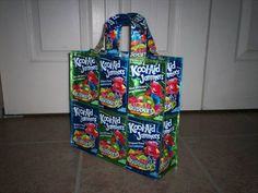Capri Sun Purse--this is the size I want but the other pin has the tutorial.