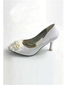 Poetntial wedding shoes? Low heel! Yay!