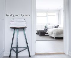 """Føl deg som hjemme"""" means make yourself at home in Norwegian Wall Stickers, Foyer, Beach House, Make It Yourself, Interior, Bedrooms, English, Space, Wall Clings"""
