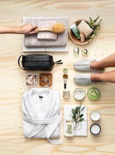 Spa Day: Detox para o Ano Novo - Beauty Massage Place, Good Massage, Facial Massage, Massage Room, Neck Massage, Massage Chair, Flat Lay Photography, Food Photography, Product Photography