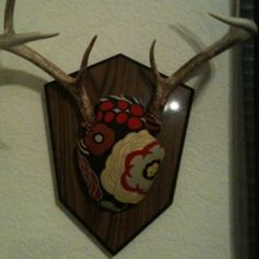 Wrapped deer mount with ver Bradley inspired material