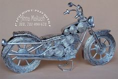 DIY - motor z wikliny papierowej Magazine Crafts, Paper Mache Sculpture, Old Newspaper, Paper Quilling, Character Art, Harley Davidson, Paper Crafts, Motorcycle, Vehicles
