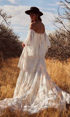 hippie wedding dress 830773462500087291 - Source by jackiebilyou Flowing Wedding Dresses, Ethereal Wedding Dress, How To Dress For A Wedding, Boho Wedding Dress, Boho Dress, Tiered Wedding Dresses, Hippie Dresses, Beach Dresses, Bridal Gowns