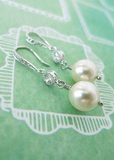Swarovski Pearl Drop Earrings, Cubic zirconia earrings, gifts for her, Bridesmaid Earrings, Bridal Jewelry, white weddings, sparkly, www.glitzandlove.com