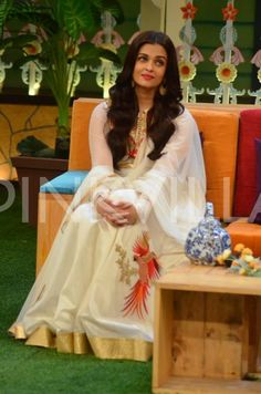 These Pics of Aishwarya Having a Blast At Kapil's Show Will Make Your Day! | PINKVILLA