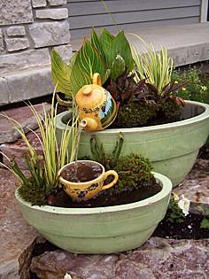 Container Water Gardens A whimsical fountain created with a teapot and cup! Really cute container water garden! Plants, Container Water Gardens, Outdoor Gardens, Garden Inspiration, Planters, Garden Pots, Garden Containers, Garden Fountains, Diy Water