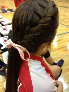 Cute way to pull back your hair for sports