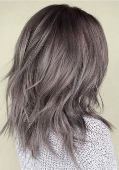 Are you looking for ombre hair color for grey si metallic pearl gray hair color. Are you looking for ombre hair color for grey si Brown Hair Color Shades, Brown Hair Colors, Ash Gray Hair Color, Grey Hair Brown Roots, Brown With Grey Highlights, Medium Ash Brown Hair, Silver Highlights, Grey Hair Lob, Gray Color