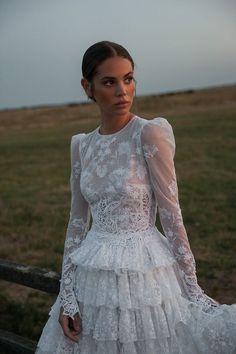 Bohemian Wedding Dresses, Wedding Dress Styles, Bridal Dresses, Bohemian Weddings, Elope Wedding, Wedding Gowns, Wedding Reception, Wedding Couples, Vintage Dresses
