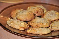 Fursecuri fine cu ciocolata alba | Retete culinare cu Laura Sava - Cele mai bune retete pentru intreaga familie Muffin, Homemade, Cookies, Vegetables, Mai, Breakfast, Sweet, Food, Crack Crackers