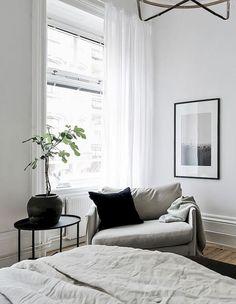 Adorable 75 Modern Minimalist Bedroom https://decorapartment.com/75-modern-minimalist-bedroom/ #interiordecorstylesawesome