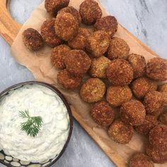 Greek Recipes, Raw Food Recipes, Vegetarian Recipes, Cooking Recipes, Kebab, Food Goals, Snacks, Tofu, I Foods