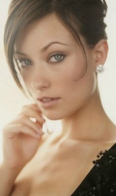 Still can't believe @Nicole Novembrino Mudryk called her my doppelganger. Quite a compliment since Olivia Wilde is such a babe!