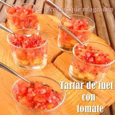 Les receptes que m'agraden: Tartar de fuet y tomate con picatostes en vasito Brunch, Food Decoration, Ceviche, Caviar, Candy, Fruit, Vegetables, Cooking, Breakfast