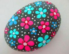 FLORES roca pintada