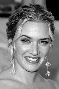 Kate Winslet beautiful smile with white teeth.