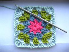 MES FAVORIS TRICOT-CROCHET: Tuto crochet : Summer Garden Granny Square