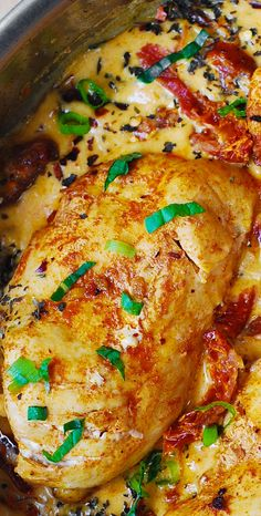Chicken Breast with Creamy Sun-Dried Tomato Sauce - the chicken comes out moist and juicy every time, say good-bye to dry chicken!