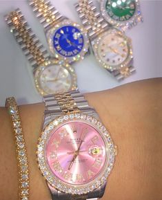 Bag Chasers on Pink face Rolex Cute Jewelry, Body Jewelry, Jewelry Crafts, Beaded Jewelry, Women Jewelry, Jewelry Accessories, Fashion Accessories, Fashion Jewelry, Rolex Women