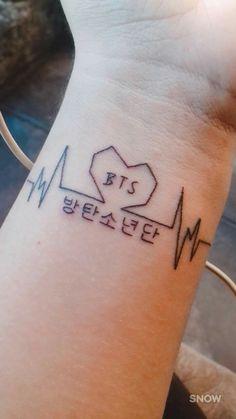 I litterly want this! Mini Tattoos, Love Tattoos, Beautiful Tattoos, Body Art Tattoos, Small Tattoos, Tatoos, Kpop Tattoos, Army Tattoos, Korean Tattoos