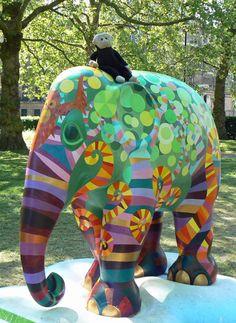 Mooch monkey at the London Elephant Parade - 210Harapan.