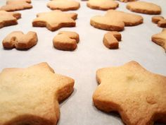 De lekkerste zandkoekjes maak je zo Dutch Recipes, Sweet Recipes, Delicious Desserts, Yummy Food, Biscuits, Cookie Time, How To Make Cookies, Cake Cookies, No Bake Cake
