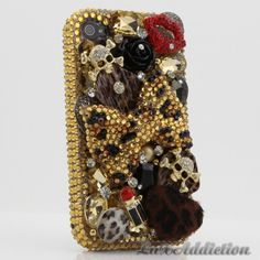 To be honest, if i were to have this case and i dropped my phone id be scared that the case would brake instead of my phone lol.